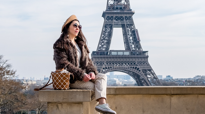 Le Fashionaire Is it worth it going to the Eiffel Tower? eiffel tower paris camel beret asos faux fur brown coat vintage brown mango mesh vase style bag round mango sunglasses 2520F EN 805x450