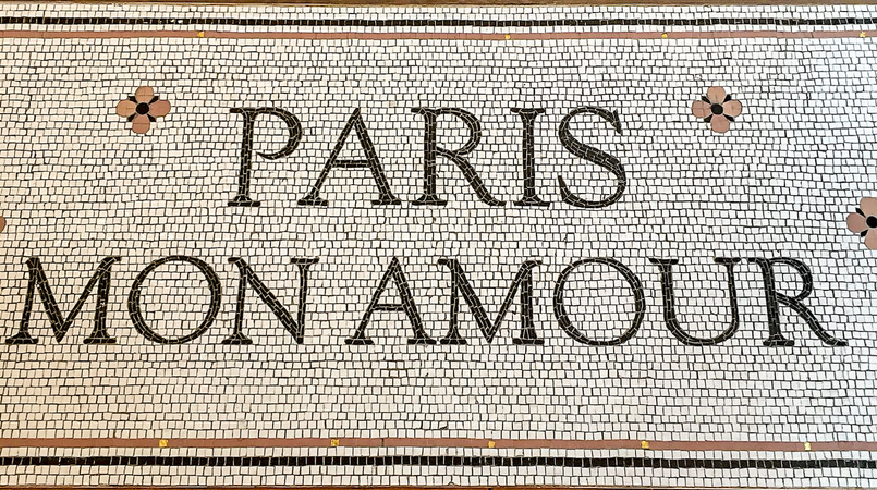Le Fashionaire 5 must go places in Paris floor paris mon amour sezane 1111F EN 805x450