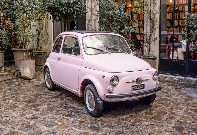Le Fashionaire 5 must go places in Paris merci pale pink mini car 3804 EN 805x553