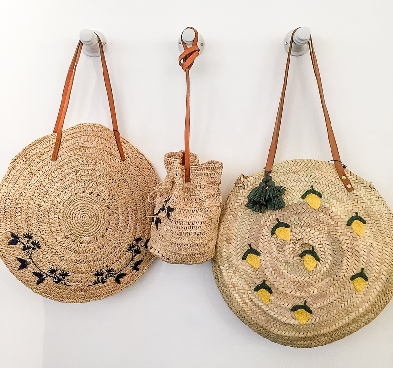 Le Fashionaire 5 must go places in Paris sezane straw baskets lemons embroidered 3333 EN 805x753