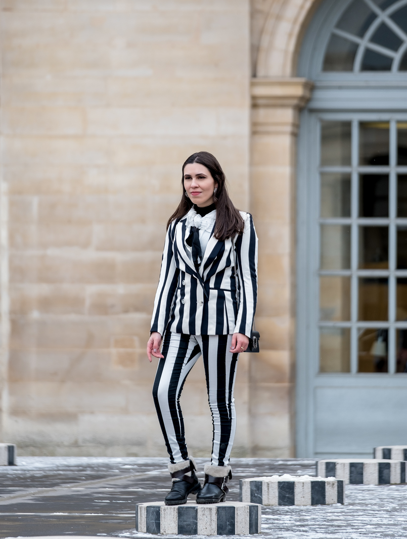 Le Fashionaire Stripes in Paris stripes black white hm blazer black white vertical stripes hm trousers gucci mini dionysus black silver tiger bag black zara boots 2225 EN 805x1067
