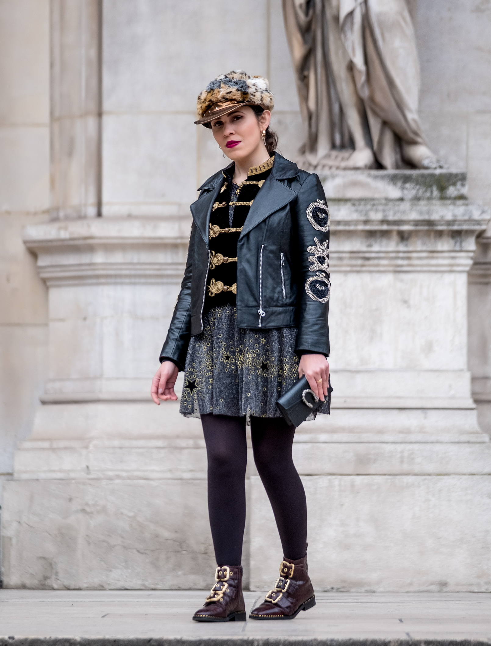 Le Fashionaire velvet gold military zara jacket glitter gray gold stars zara dress leather croco burgundy topshop boots gold buckles 4470 EN velvet gold military zara jacket glitter gray gold stars zara dress leather croco burgundy topshop boots gold buckles 4470 EN