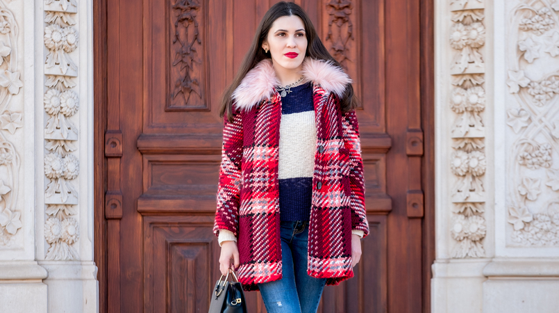 Le Fashionaire Mid   season sales are for buying coats wool red faux fur pale pink neck zara plaid coat dark blue white stripes mango cotton sweater cross silver parfois charms necklace 1771F EN 805x450