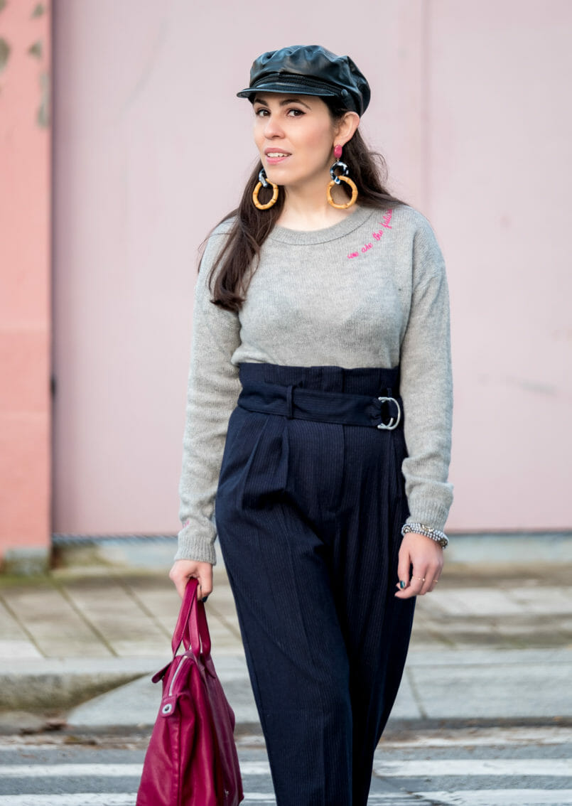 Le Fashionaire One year after my hip surgery high waist pinstripes mango trousers nold wood pink zara earrings black leather zara beret accessorize white pearls bracelet 7120 EN 805x1134