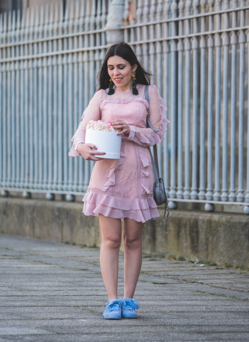 Le Fashionaire When i'm sad i buy flowers pale pink lace ruffles asos dress puma suede heart lavender velvet ribbons grey leather chloe mini marcie bag 0184 EN 805x1105