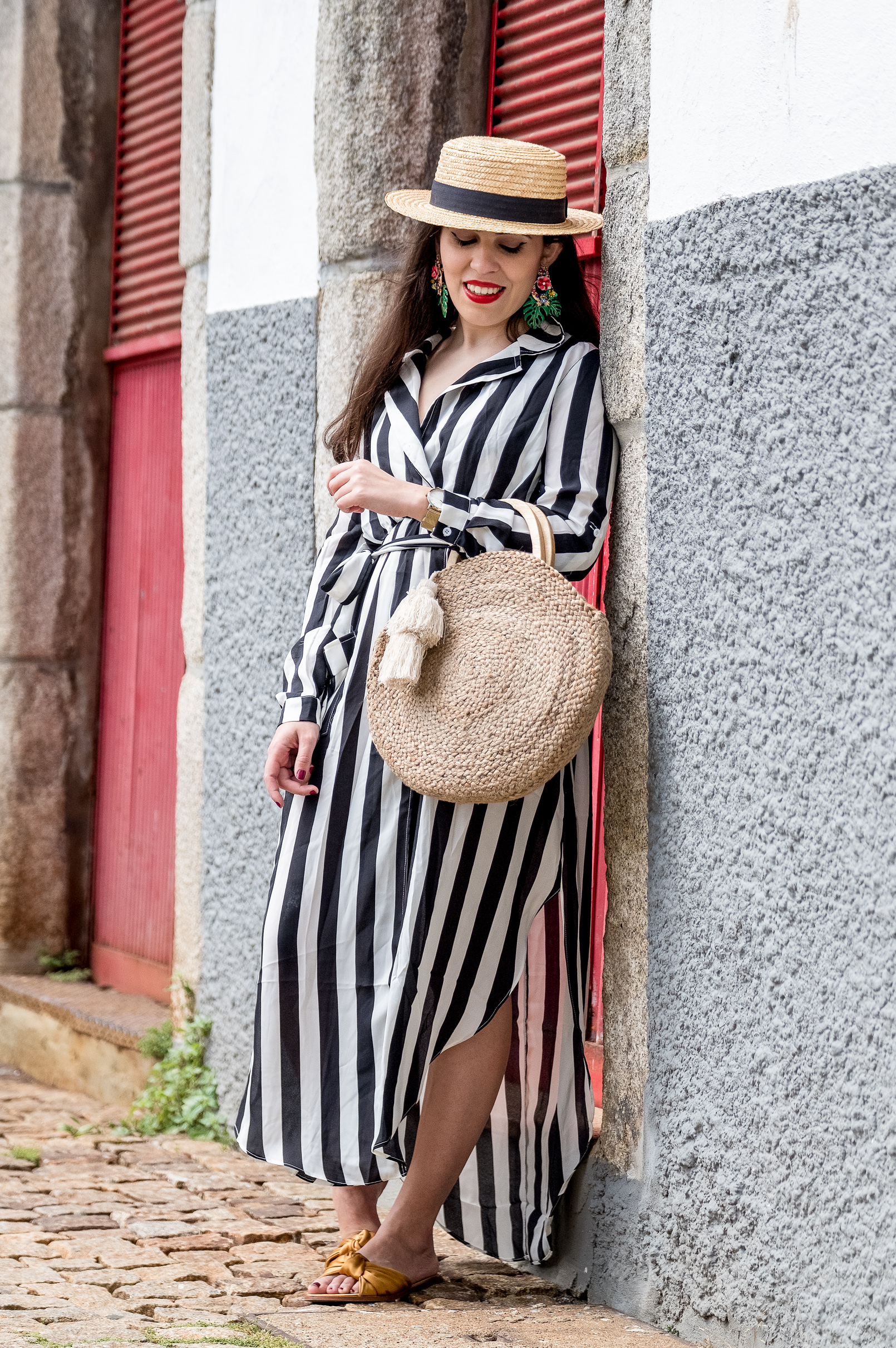 Le Fashionaire stripes dark blue white maxi shein dress satin dark yellow slides green leaf flowers bold earrings zara straw round wood zara bag 0497 EN stripes dark blue white maxi shein dress satin dark yellow slides green leaf flowers bold earrings zara straw round wood zara bag 0497 EN
