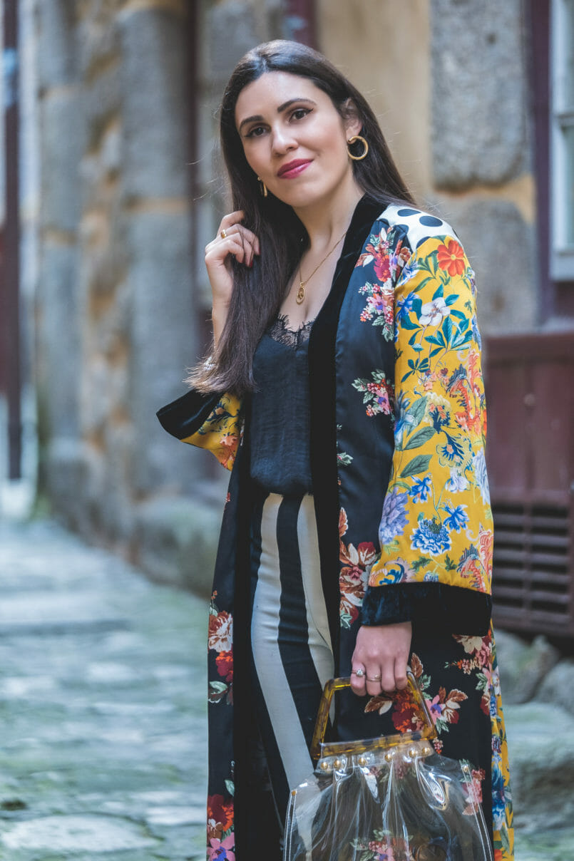 Le Fashionaire Are we living so fast that we are not living at all? yellow floral black velvet satin zara kimono black white stripes hm trousers silk lace stradivarius black top 8716 EN 805x1208