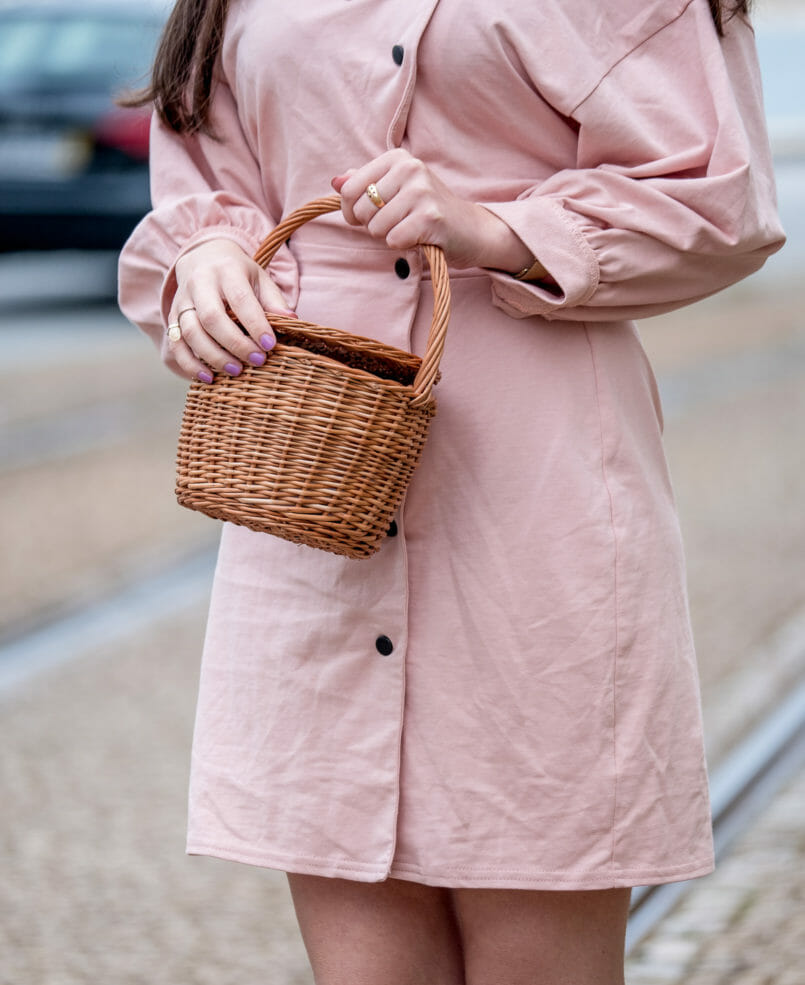Le Fashionaire Clothes are not disposable pale pink asos dress la petite sardine straw bag 0903 EN 805x985