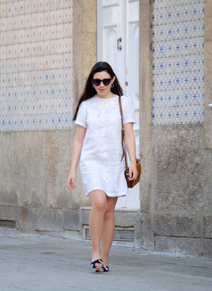 Le Fashionaire Hey you sales! white embroidered linen zara dress satin polka dots slides gold old necklace heart mango sunglasses 1927 EN 805x1105