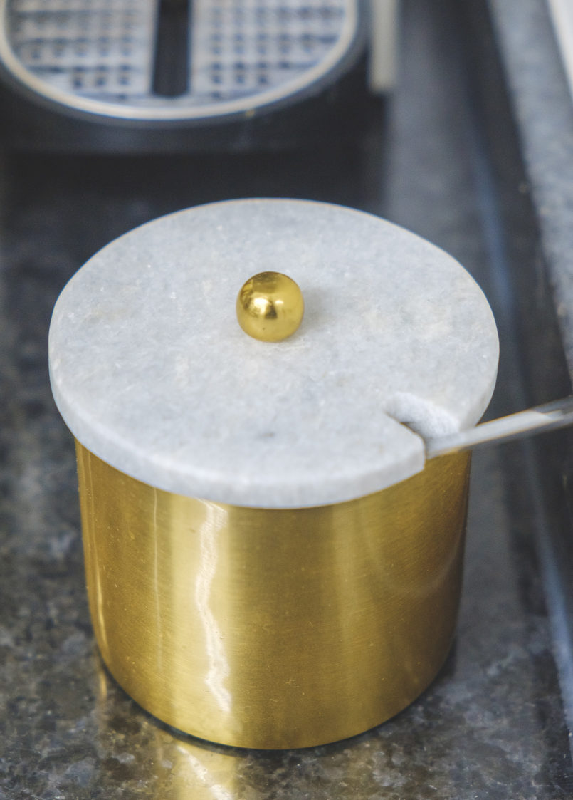 Le Fashionaire My kitchen is a successful recipe golden marble sugar bowl 2899 EN 805x1123