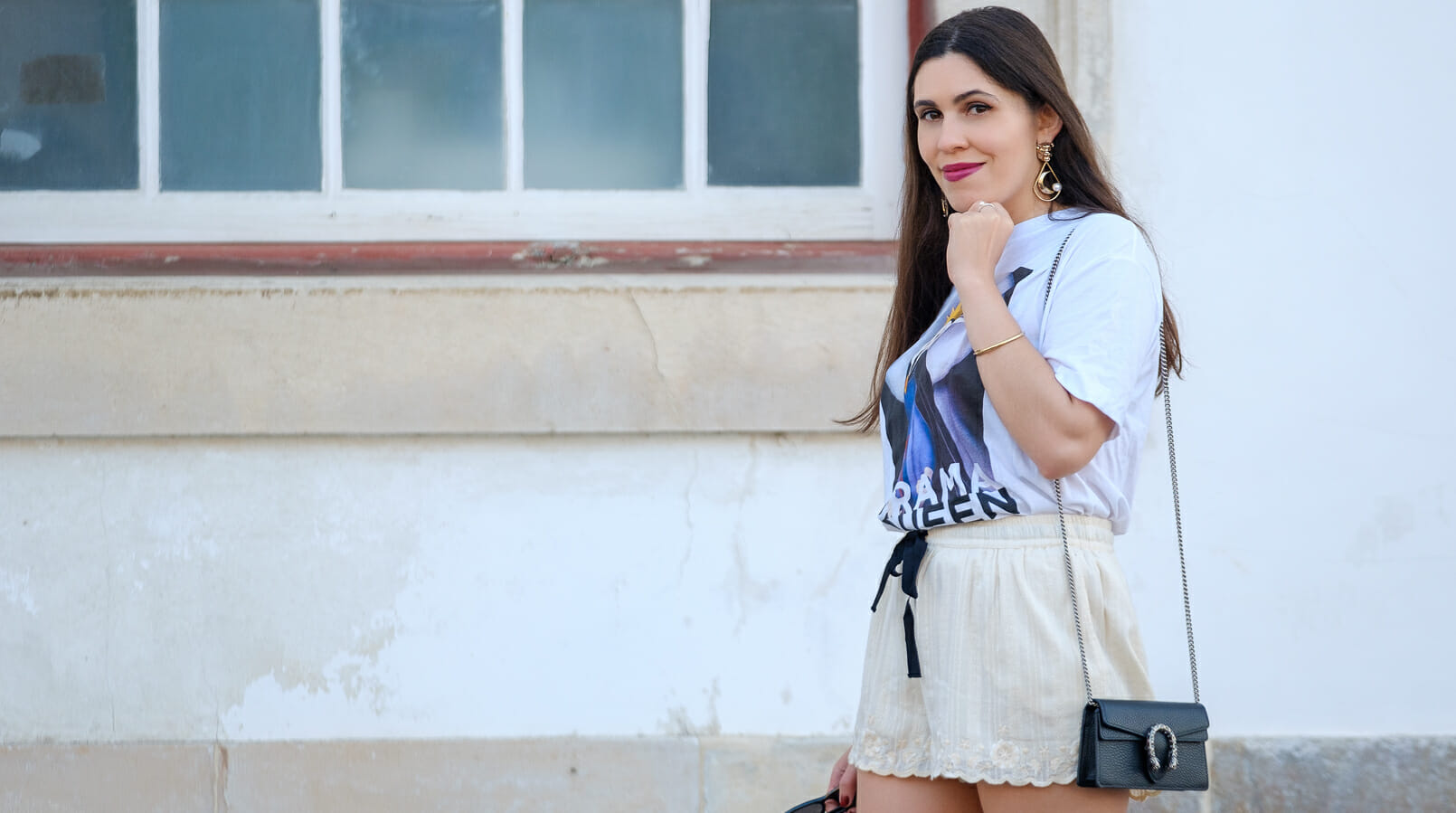 Le Fashionaire Drama Queen, me? t shirt evil queen drama queen t shirt white embroidered zara shorts mini dionysus gucci leather black bag gold lion bold mango earrings 2188F EN