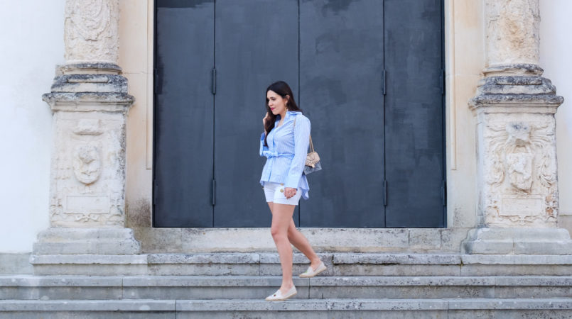 Le Fashionaire How can a shy person be a blogger white pale blue stripes bell sleeve uterque shirt espadrilles soludos coconut lime embroidered pale blue nude snake print leather massimo dutti bag 2315F EN 805x450