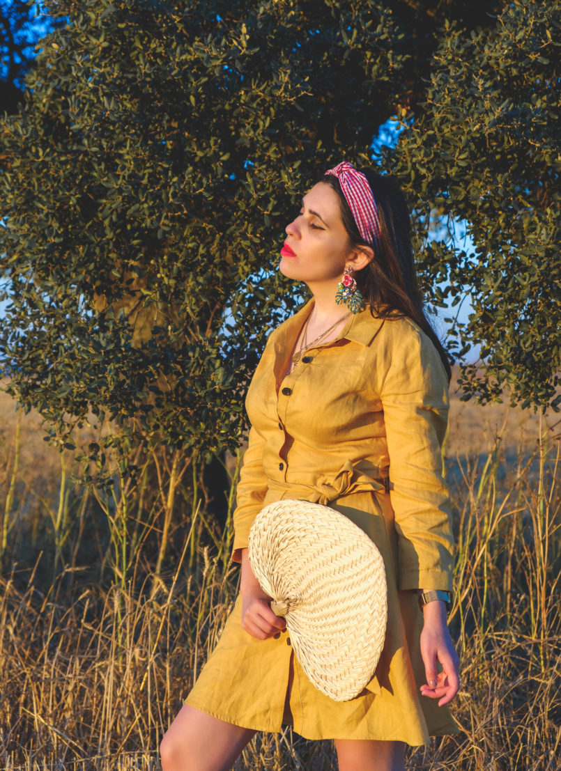 Le Fashionaire Alentejo makes me feel free linen yellow zara dress vichy red hair band bold earrings tropical leaf zara alentejo Cork oak beautiful field 3803 EN 805x1107