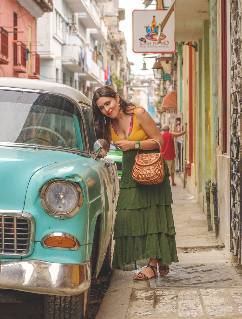Le Fashionaire 3 things nobody tells you about Havana havana pink purple blue green car ruffles dark green maxi zara skirt yellow mango top flowers embroidered intimissimi bralette classic car 7680 EN 805x1063