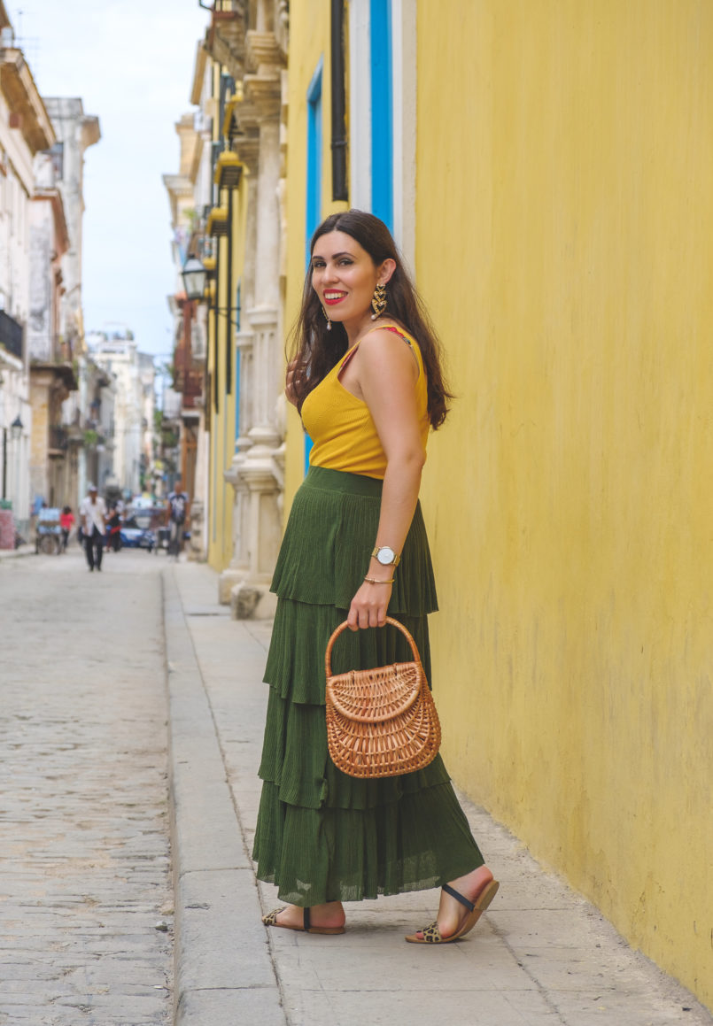 Le Fashionaire 3 things nobody tells you about Havana ruffles dark green maxi zara skirt hearts bold black earrings yellow mango top leopard leather sandals 7473 EN 805x1159