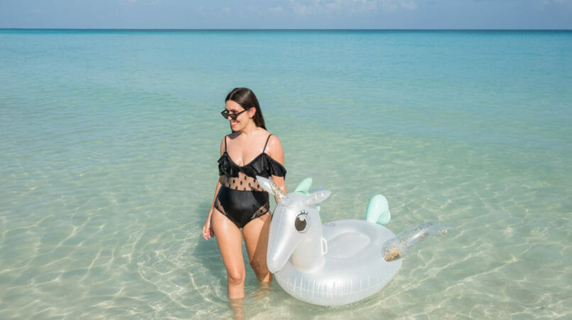 Le Fashionaire Is it worth it going to Cayo Blanco when in Cuba? shein black swimsuit cayo blanco cat eye mango sunglasses cuba holidays unicorn primark floatie 8601F EN 805x450