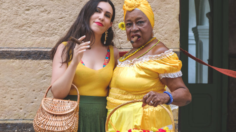 Le Fashionaire 3 things nobody tells you about Havana yellow mango top flowers embroidered intimissimi bralette santera flowers cigar cohiba dress 7498F EN 805x450