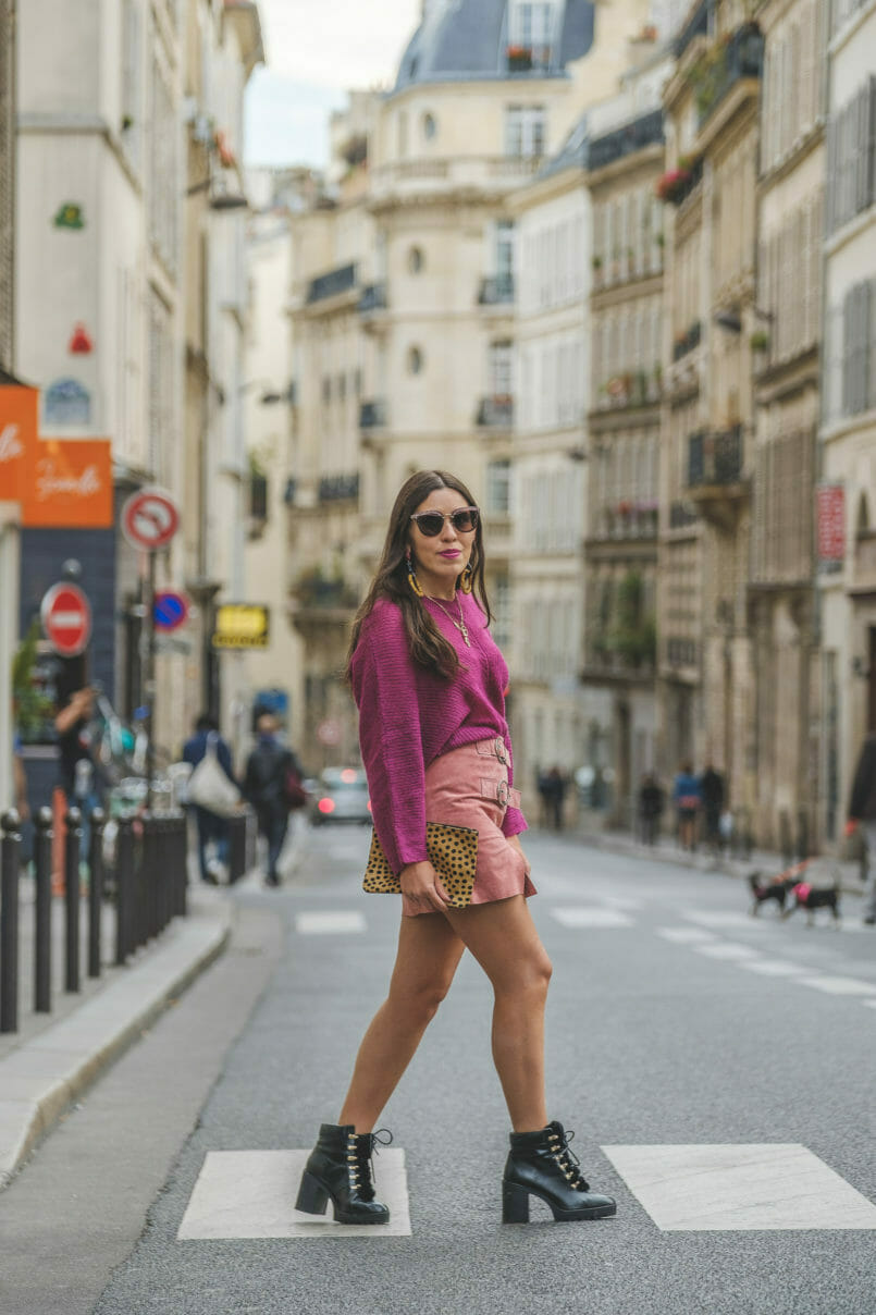 Le Fashionaire Why Pink October is so important leopard leather sfera clutch black military stradivarius leather boots gold swallow cinco store necklace miu miu grey pink sunglasses 9053 EN 805x1208