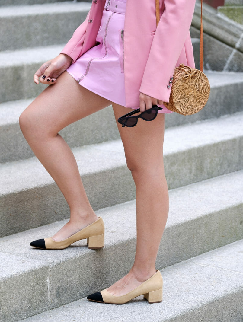 Le Fashionaire How to buy clothes with discount at Boohoo vinil belt pink skirt boohoo pink zara blazer beige black zara chanel style heels rattan straw round bag 9371 EN 805x1067