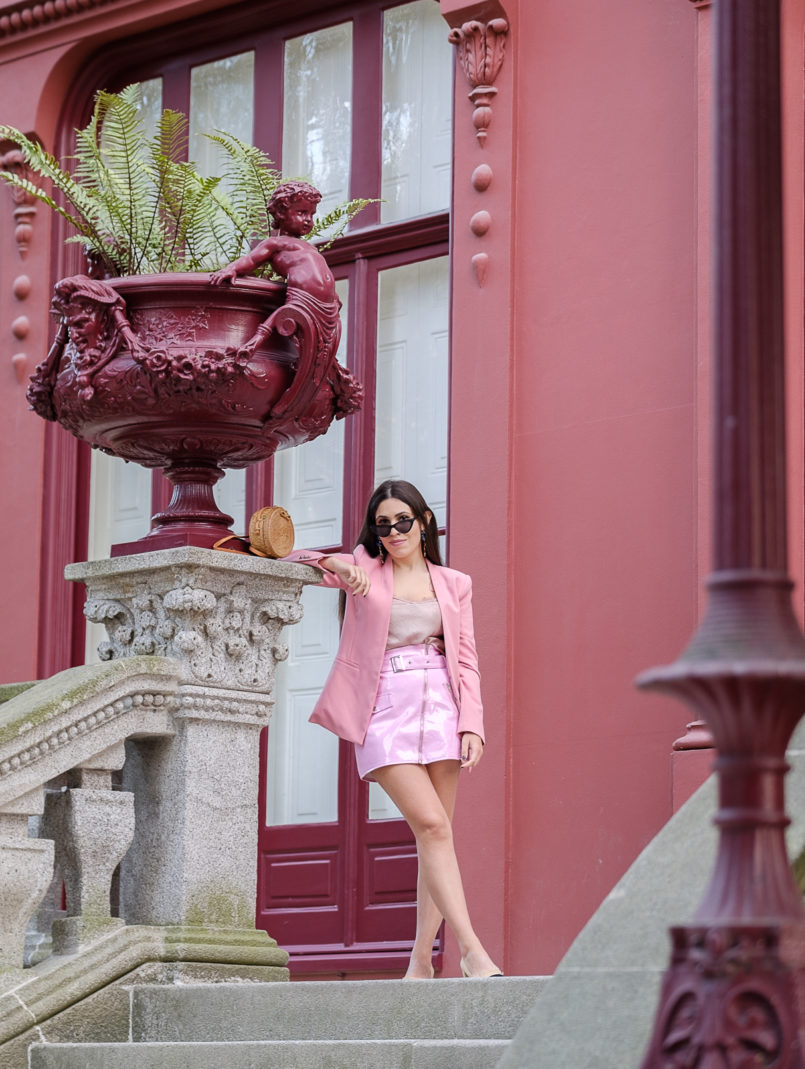 Le Fashionaire How to buy clothes with discount at Boohoo vinil belt pink skirt boohoo satin lace pink top pink zara blazer 9388 EN 805x1069
