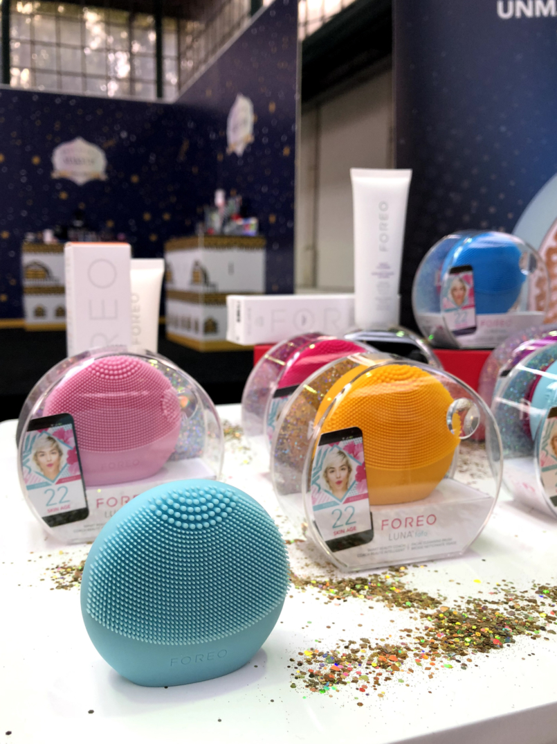 Le Fashionaire 4 Sephora products for Christmas you need to know packs christmas sephora news foreo luna 2523 EN 805x1074