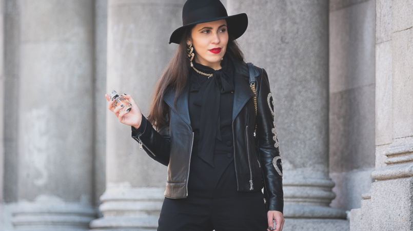 Le Fashionaire L'Interdit: all you need to know about Givenchy's new perfume black neck bow zara silk shirt black hm wool hat black zara hearts erarrings bold gold black zara necklace givenchy linterdit perfume 3357F EN 805x450