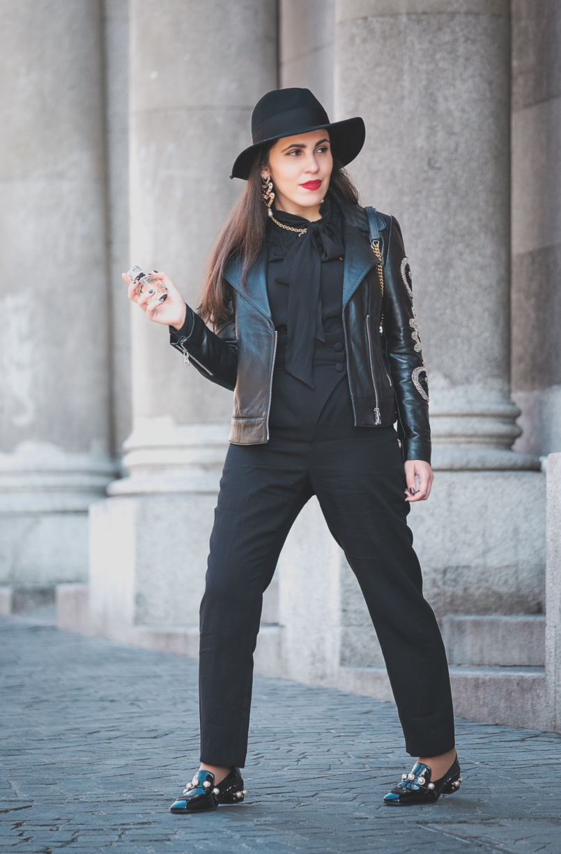 Le Fashionaire L'Interdit: all you need to know about Givenchy's new perfume high waisted buttons uterque black trousers black hm wool hat gold black zara necklace vinil shoes pearls sole shein givenchy linterdit perfume 3356 EN 805x1224