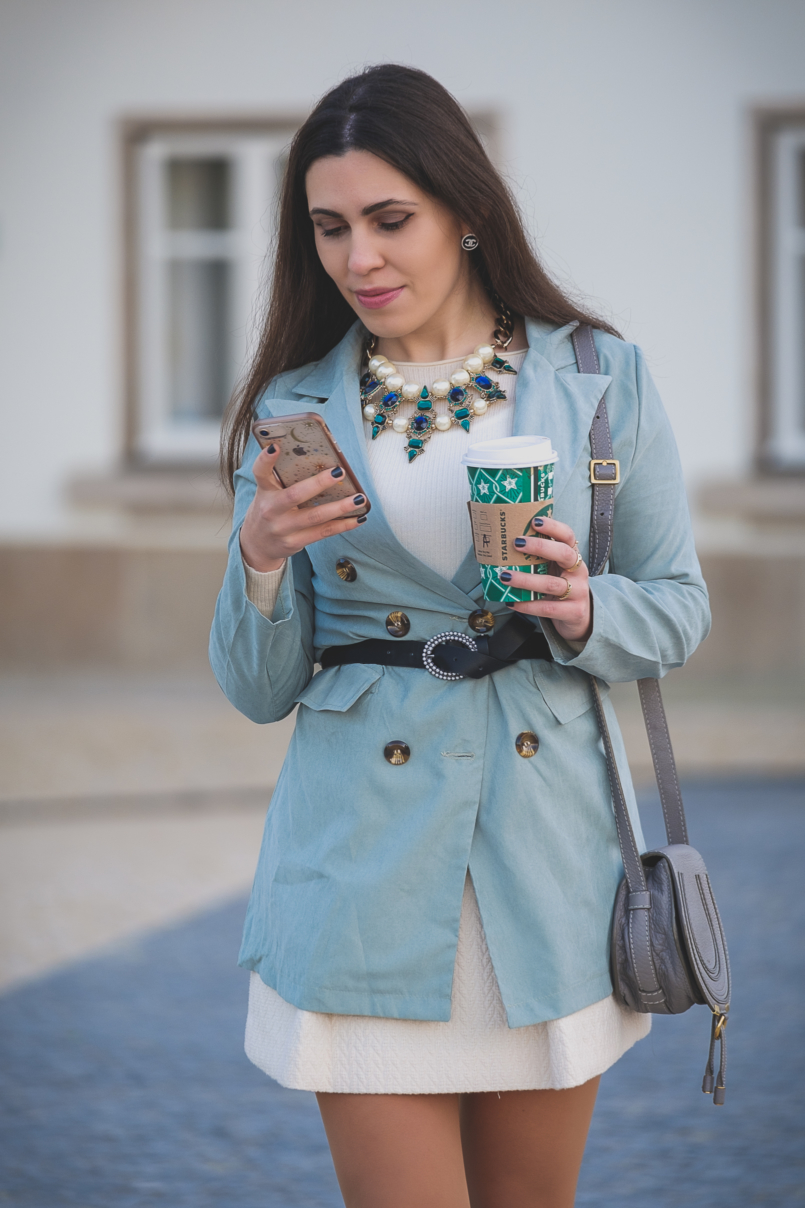 Le Fashionaire Staples that are worth buying on sales: blazers mint oversized shein blazer white mango cashmere sweater bold jewel zara necklace green blue stones pearls white mango skirt 3328 EN 805x1208