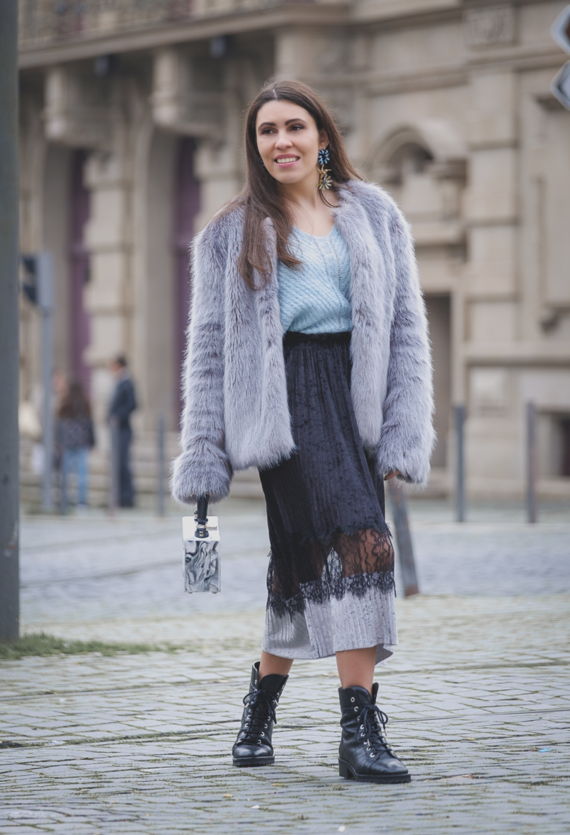 Le Fashionaire Are you ready for the party that is life? pale blue mohair mango jumper velvet black lace midi skirt zara marble uterque box bag bold colibri uterque earrings 2649 EN 805x1179