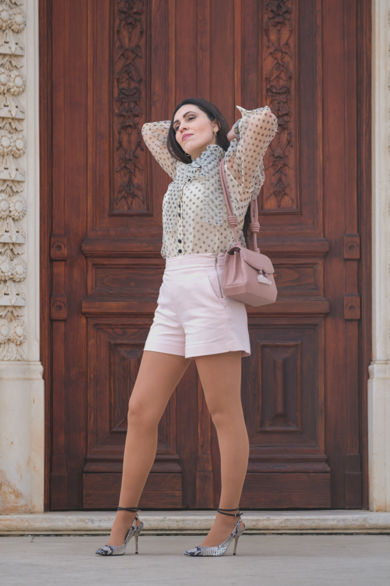 Le Fashionaire Are Soleah bags worth it? organza polka dots zara shirt pale pink high waist shorts zara pale pink quartz soleah bag snake print high heels massimo dutti 6564 EN 805x1208