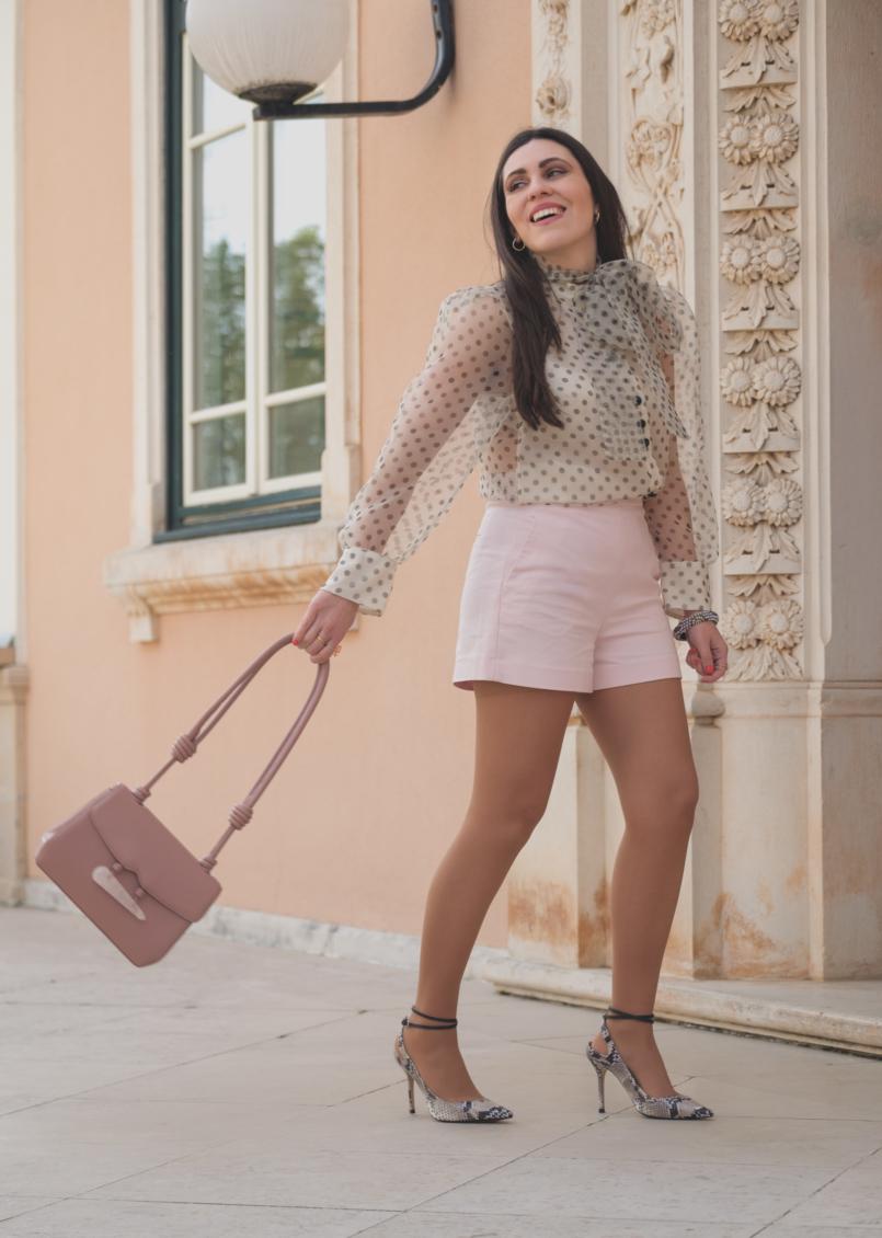 Le Fashionaire Are Soleah bags worth it? organza polka dots zara shirt pale pink high waist shorts zara pale pink quartz soleah bag snake print high heels massimo dutti 6614 EN 805x1130