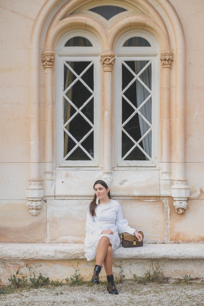 Le Fashionaire As coisas são só mesmo coisas? vestido branco bordado rodado shein botas louis vuitton ranger plat wonderland lenco branco bolinhas pretas zara 7118 PT 805x1208