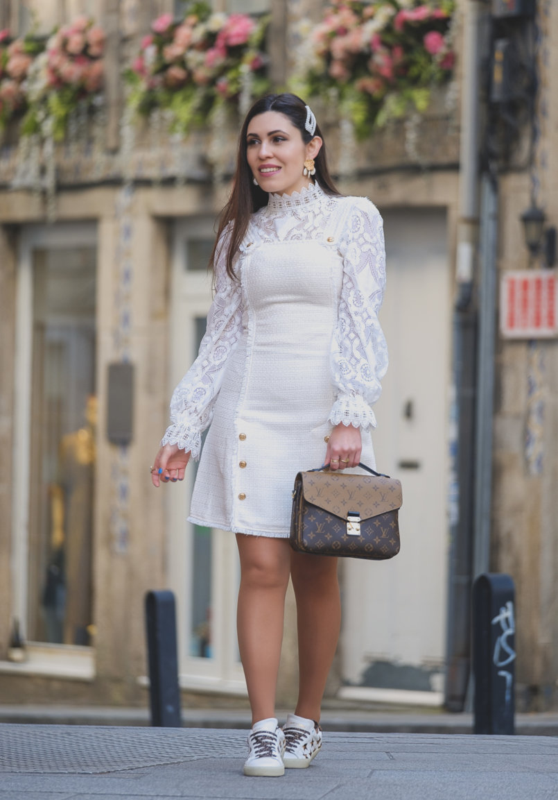 Le Fashionaire The Zara lace top everybody wants this spring white tweed gold buttons shein dress leopard stars leather saint laurent sneakers louis vuitton pochette metis reverse 6386 EN 805x1153