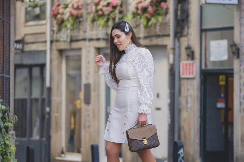 Le Fashionaire The Zara lace top everybody wants this spring white tweed gold buttons shein dress white lace zara top gold white pearls zara earrings pearls hair pins parfois alice co 6405 EN 805x537