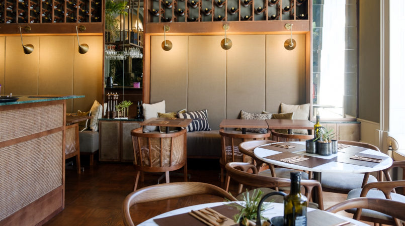 Le Fashionaire Bartolomeu Bistro & Wine: There's a new cool spot in Oporto bartolomeu wine bistro torel restaurant tables marble 8802F EN 805x450