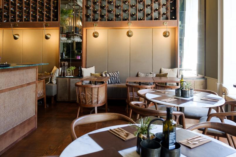Le Fashionaire Bartolomeu Bistro & Wine: Há um novo endereço incrível no Porto bartolomeu wine bistro torel restaurante mesas marmore 8802 PT 805x537