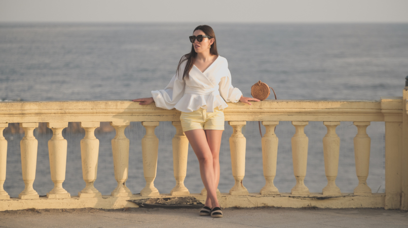 Le Fashionaire The perfect shirt to wear until Fall white shein shirt white yellow stripes zara shorts celine sunglasses black leather stripes zara espadrilles rattan round bag 1680F EN 805x450