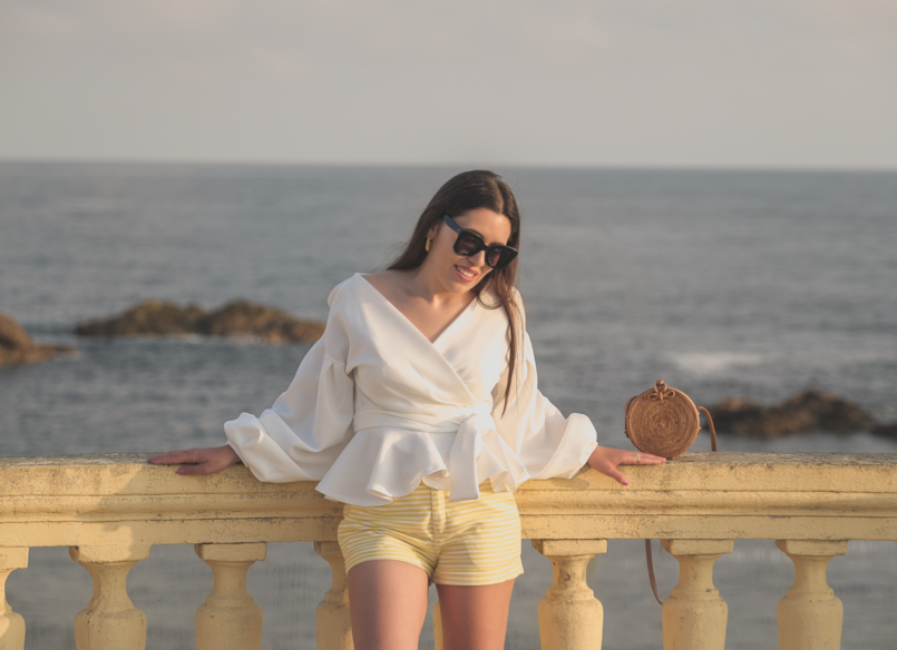 Le Fashionaire The perfect shirt to wear until Fall white shein shirt white yellow stripes zara shorts celine sunglasses black rattan round bag 1693 EN 805x584